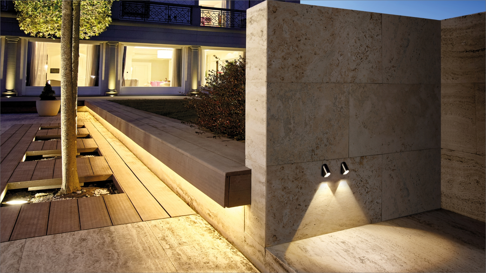 Petit step-light for residential houses outdoors